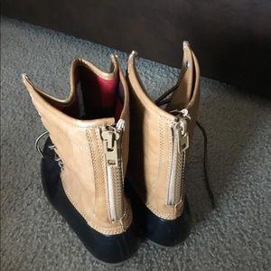 e0a9dd3d095 Price Drop ⬇️MaddenGirl boots sz9 NWOT💕